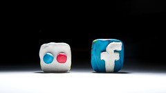 Using Social Media Sites for Lawyer Online Advertising and Promotion