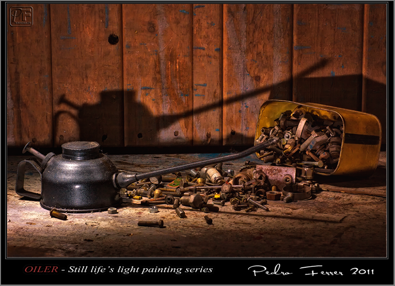 Oiler - Still life´s light painting series