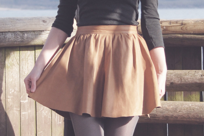 Un carnet sans pages Patron de jupe froncée taille haute