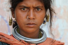 Bonda (ronniedankelman) Tags: travel portrait woman india face canon silver asia market earring nosering tribe markt portret orissa vrouw stam azie neckless reizen gezicht bonda ketting rdp zilver  oorbel satyamevajayate  gaarjya odisha bhrat neusring bhrata  mygearandme mygearandmepremium mygearandmebronze mundiguda bhratagaarjya  bhratiya imaginativenl