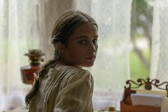 THE LIGHT BETWEEN OCEANS (Unification France) Tags: aliciavikander