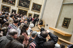 Louvre (javidmlg1) Tags: paris france museum louvre monalisa gioconda davinci picture art crowd