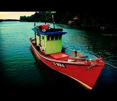 Pulau Sekati (mohdhanafiah) Tags: kitlens bot terengganu kualaterengganu d40 pulausekati mutokelaut