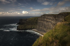 Cliffs of Moher (II), Ireland (g_heyde) Tags: ireland doolin irland cliffs atlantic cliffsofmoher atlanticocean moher countyclare ire aillteanmhothair superaplus artinoneshot 5dmkii