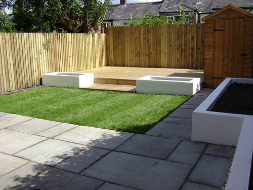 Macclesfield Decking and Paving  Image 1