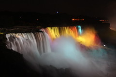 Isn't that beautiful? (mvadu) Tags: niagarafalls niagara handheld eosdigital canonef28135mmf3556isusm usfalls canoneos500drebelt1i niagaralight lightedfalled niagarafallsillumination