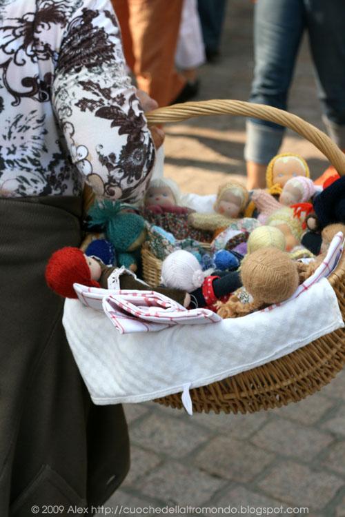 Venditrice di bambole