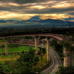 Loopview (TheJbot) Tags: road sunset sky mountain japan clouds fuji hdr yamanashi sigma1020mm shirane mntfuji loopkyo