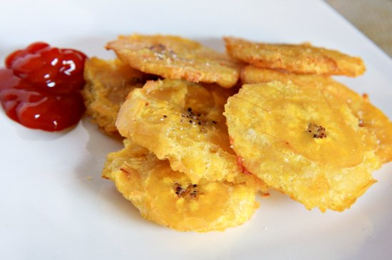 Tostones (Fried Plantains) - The Noshery