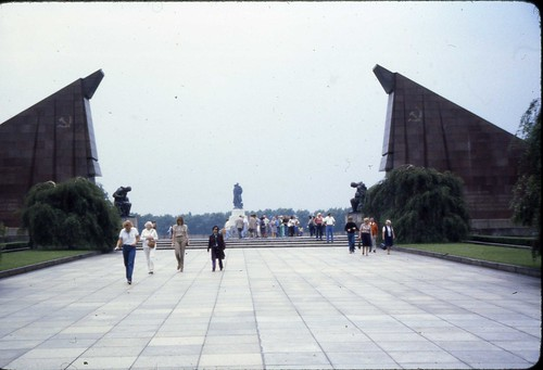Treptower Park, East Berlin 1980 - Russian War Memorial #1