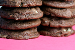 12 days of cookies: chocolate chocolate mint chip cookies