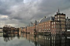 "Binnenhof • <a style=""font-size:0.8em;"" href=""http://www.flickr.com/photos/45090765@N05/4205912567/"" target=""_blank"">View on Flickr</a>"