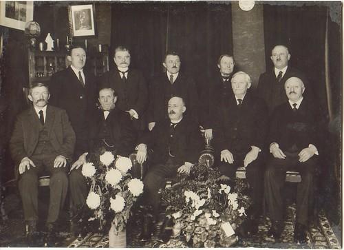 kerkenraad in de jaren 20 - 30