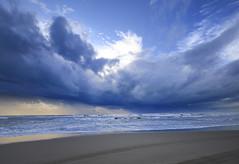 [フリー画像] [自然風景] [ビーチ/海辺] [海の風景] [雲の風景]       [フリー素材]