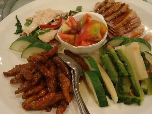 前菜開胃,炸魚特別香