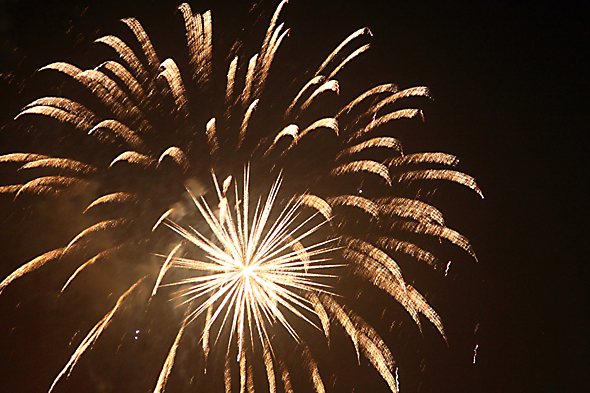 070409_firework03