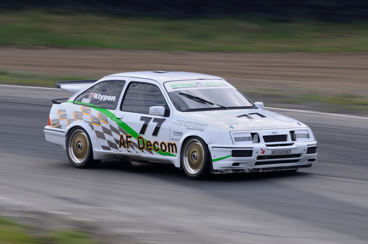 Ford sierra RS500. go back