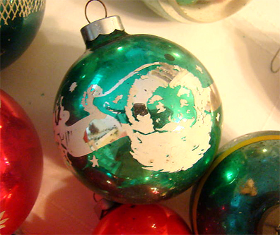 2vintage-ornaments