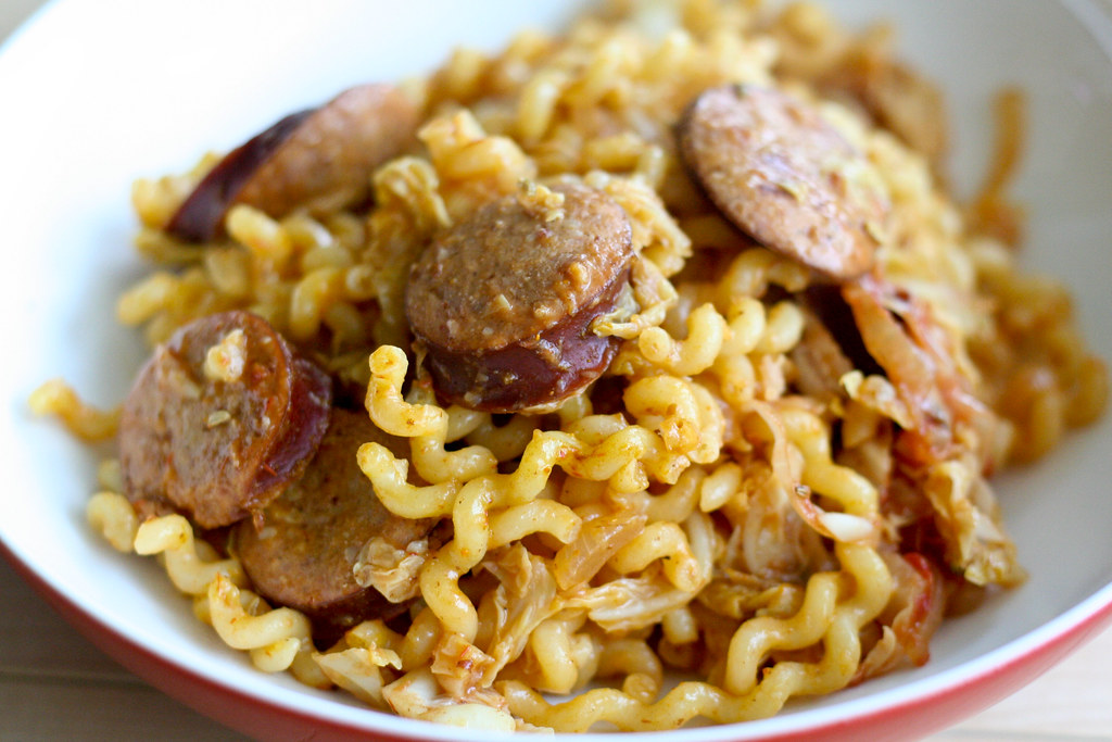 Currywurst Noodles