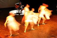 BALLETTO (fibyred) Tags: moving colore danza