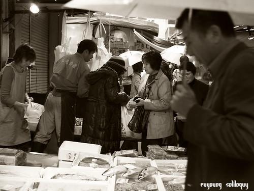 GXR_Tsukiji_21 (by euyoung)
