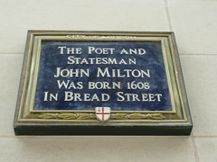 Photo of John Milton blue plaque