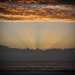 Ray Gun (Al Barão) Tags: ocean sunset sun sunlight seagulls birds clouds boat nikon ray ship rays matosinhos d90 coth theunforgettablepictures tup2 18105vr