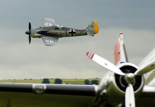 Warbird picture - Flug Werk Fw-190A-8N replica cn 990013
