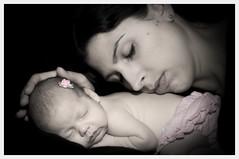 Fiona and Mother (@lifebypixels) Tags: portrait nikon d2x setup onelight sb800 babyportrait snoot markheapsphotographer photographybymarkheapsfionamackenzie