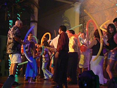 Fiesta générale finale au Sisal.jpg