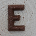 chocolate letter E por Leo Reynolds