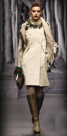 Moda mujer invierno 2009 Hoss Intropia