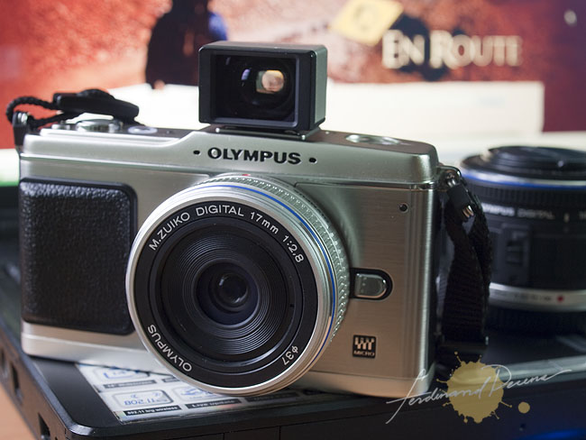 The Olympus E-P1 now available in the Philippines