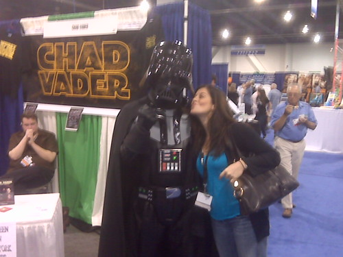 Me Kissing Chad Vader BlogWorld