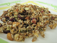Raw Apple Granola