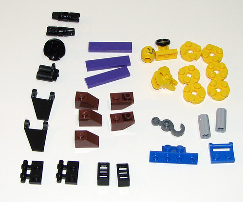 LEGO Space Police 2010 5982 Smash 'n' Grab - Parts 3