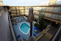 Heritage Marina Hotel (Hkan Dahlstrm) Tags: california usa heritage pool yellow yard marina jaun