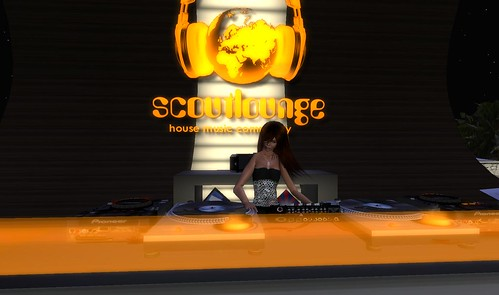 kylie wiefel at scoutlounge