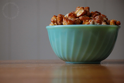 green bowl with pretzel pralines