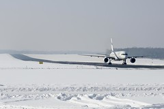 El-Al landed at Lodz Airport with snowly weather (Armenian_Spotter) Tags: winter snow weather fog port plane airplane israel telaviv al airport europe im aircraft air tel aviv flight jet poland polska polish el jew jewish arrival airways airlines departures aeroport runway landed israeli polonia maciej aero avia lodz elal d skywards polskie lotniczy wadysawa reymonta  lublinek reymont wadysaw oleszko
