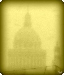 Le Panthon sous la neige - The Pantheon in the snow 2 (Zinaida Beaumont (Nous sommes Paris)) Tags: snow paris sepia work university universit neige grue jussieu travaux rl panthon quartierlatin parisvi travelsofhomerodyssey