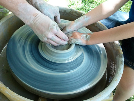 pottery-wheel-closeup-hands