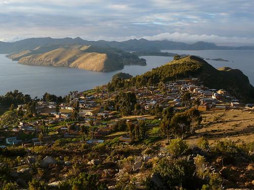 Le village de Yumani au sud de l'Ile du Soleil