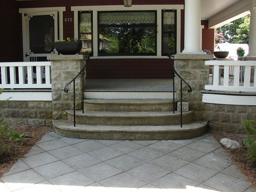 "Railings, front entrance • <a style=""font-size:0.8em;"" href=""http://www.flickr.com/photos/35386275@N08/5817547763/"" target=""_blank"">View on Flickr</a>"