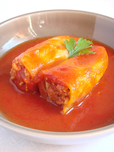 Hungarian way stuffed paprika