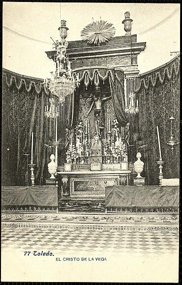 Cristo de la Vega (Antigua Basílica de Santa Leocadia) a principios de siglo.Foto Lacoste. 1903