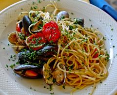 Seafood spaghetti (Ramon2002) Tags: venice italy food italian mare pasta di seafood spaghetti frutti