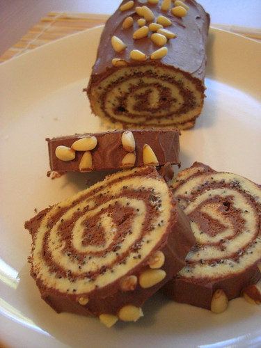 Jelly roll with chocolate filling