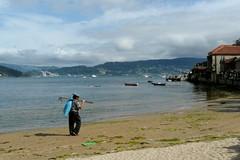 De vuelta a casa (Peponne) Tags: las ruta de mar asturias playa galicia olas lugo playas acantilado cantabria pescador ogrove sanxenxo panoramafotogrfico peopleenjoyingnature