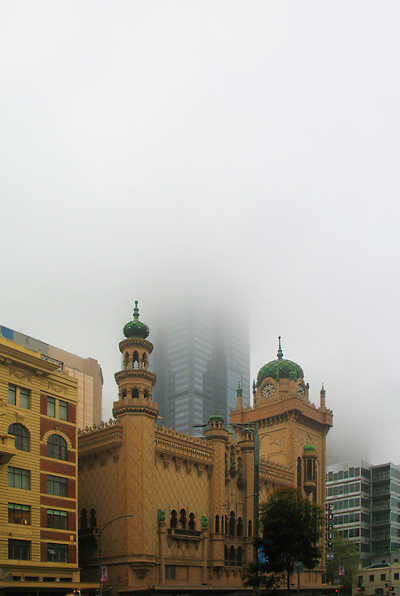2009.09.17_Melb City with fog and rain_400w
